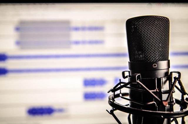 podcastler ile yeni bir şeyler öğrenmek